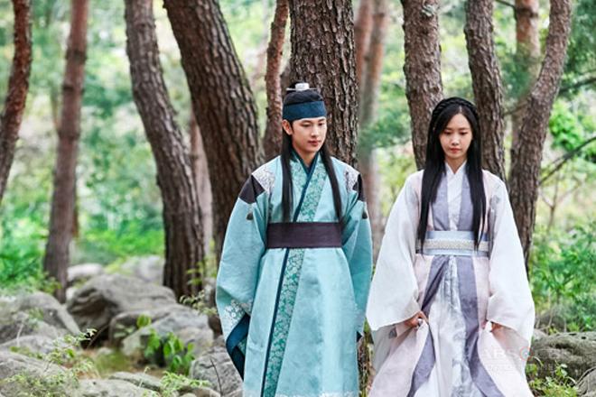 """Korean idols Yoona at Siwan, paghahariin ang pag-ibig sa """"The King is in Love"""""""